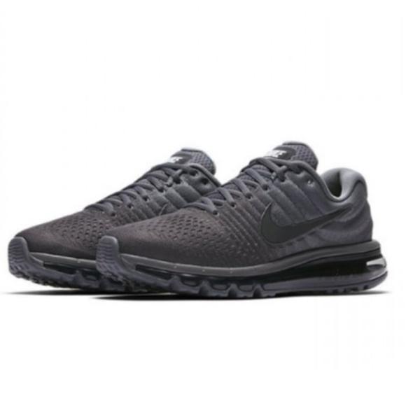5b4b02466ab1 Nike Men s Air Max 2018 Cool Grey Sneakers. NWT